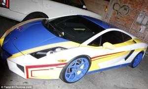 chris_brown_new_car